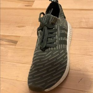 Adidas NMD R2 Men's Size 9